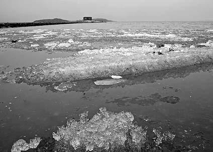 Många förväntansfulla kustfiskare riskeras att mötas av den här synen när de kommer ut på torsdag. (Foto: Anders Nicander)