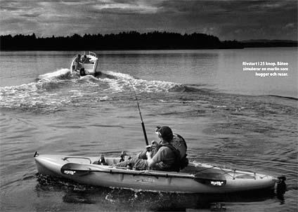 Martin och hans kompisar genomförde ett mycket ambitiöt träningsprogram – vilket bland annat innebar att drilla en motorbåt... (Foto: Johan Bergmark)