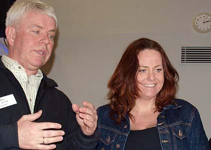 Ketil Skar från Veterinærinstituttet och Heidi Sørensen från departementet var positiva till projektet. (Foto: Anne-Mette Kirkemo - Veterinærinstituttet)