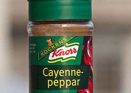 En burk cayennepeppar – kan det verkligen vara så enkelt? (Foto: Anders Nicander)