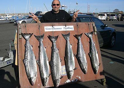 å här fina resultat har en del fiskare kunnat visa upp i Simrishamn de senaste dagarna. (Foto: Jan Ljunggren)
