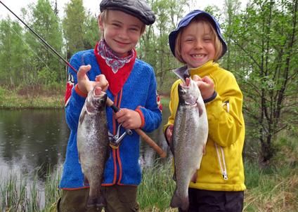 ragnbågsfiske i barnradion.