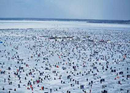 Tävlingen ägde rum på en tre kvadratkilometer stor yta. (Foto: Brainerd Jaycees Ice Fishing Competition)